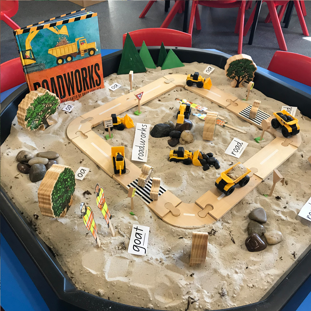 Roadworks Active World Tray activity featuring book digger cars sand and construction themed blocks