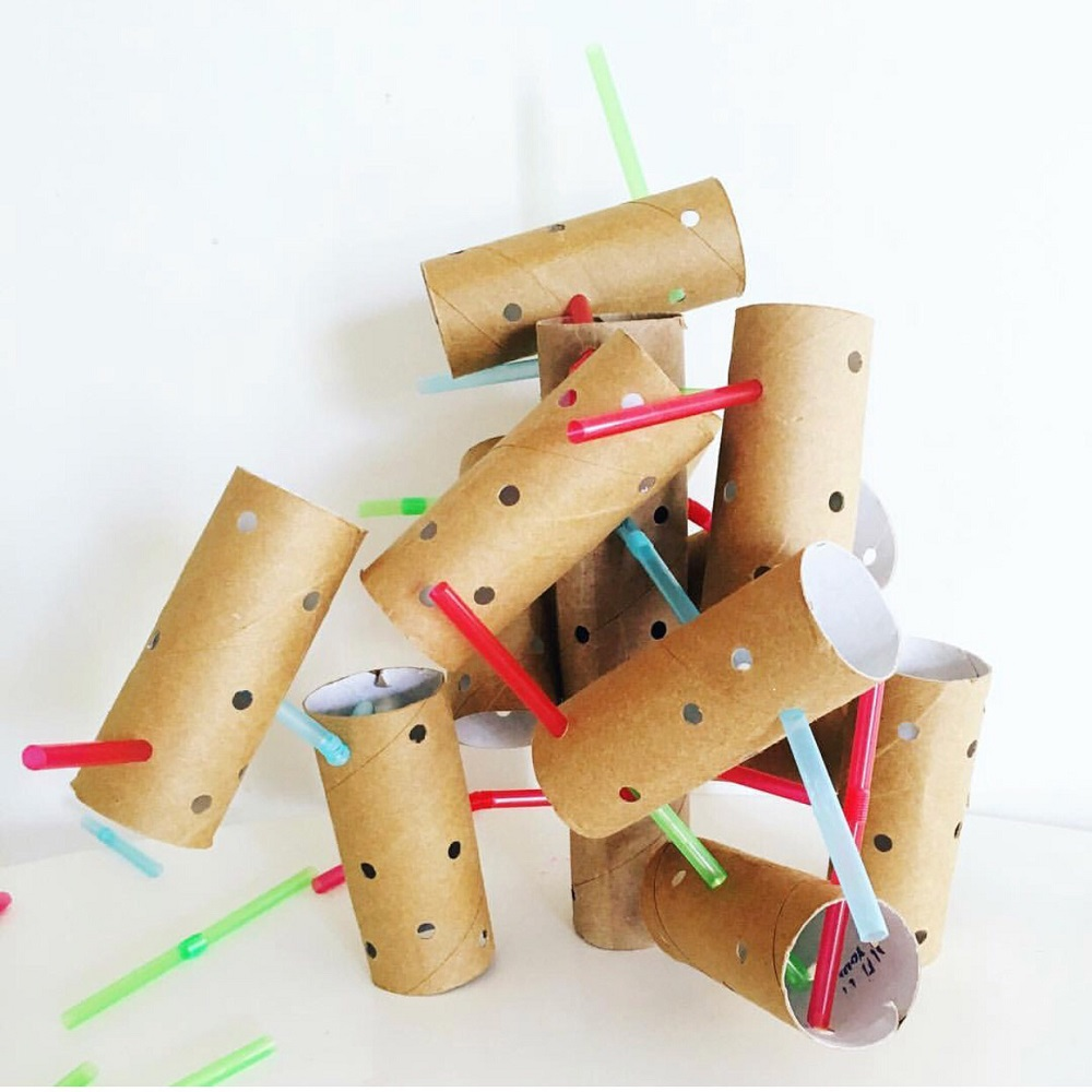 A STEM construction using toilet paper rolls and straws