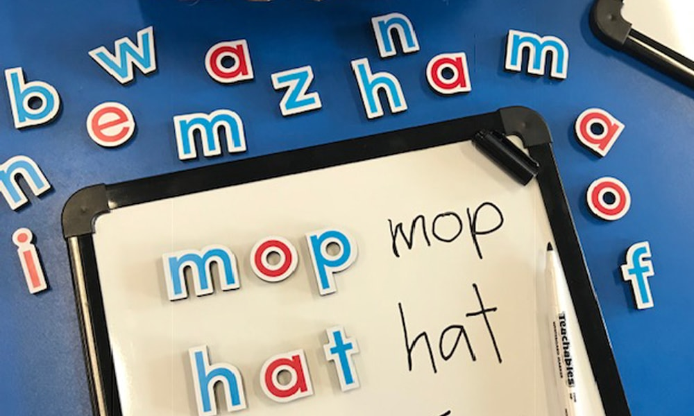 Teachables magnetic whiteboard and magnetic letters