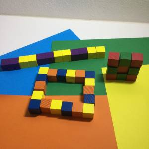 Counting cubes on coloured card